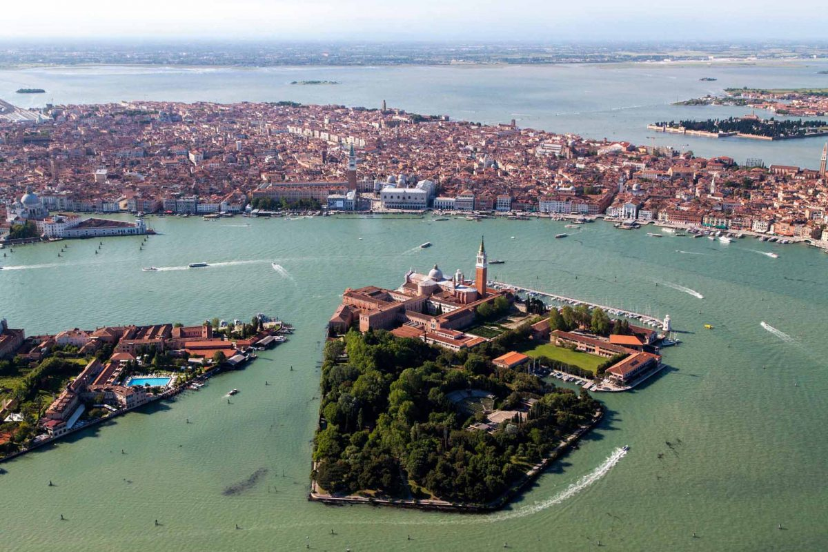 Venice, on the Cipriani shines the Five Star award